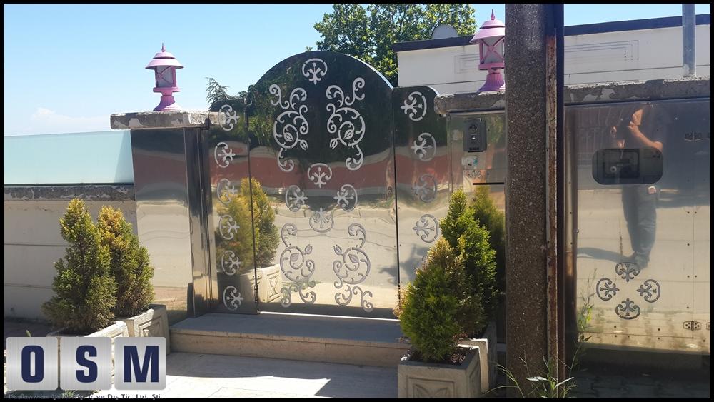 Paslanmaz Kapı 24
